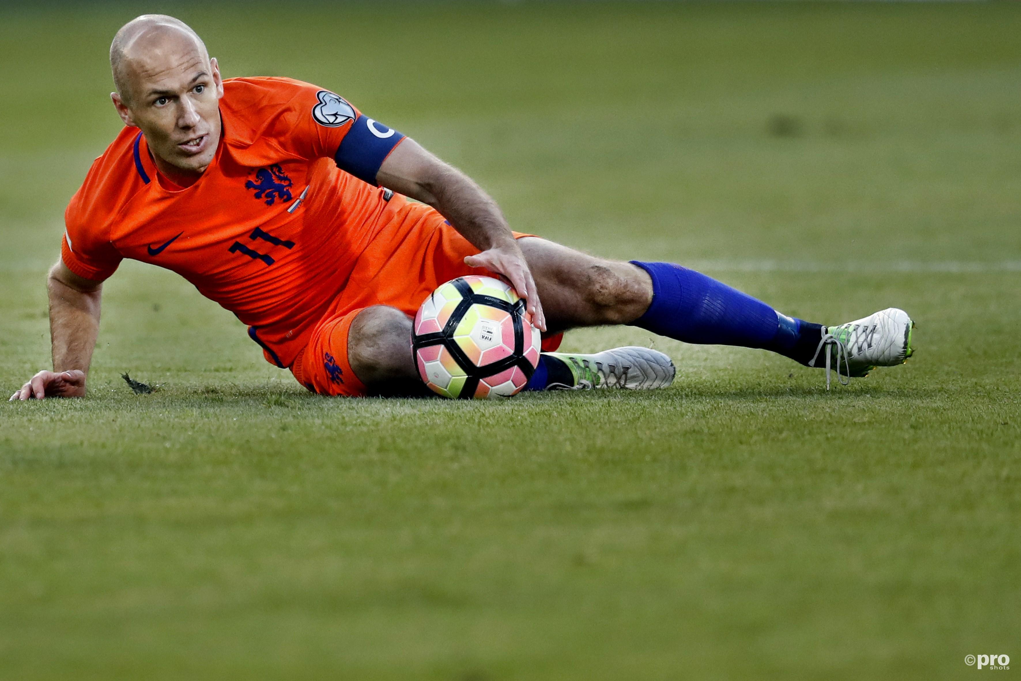 Arjen Robben ziet het einde naderen. (PRO SHOTS/Stanley Gontha)