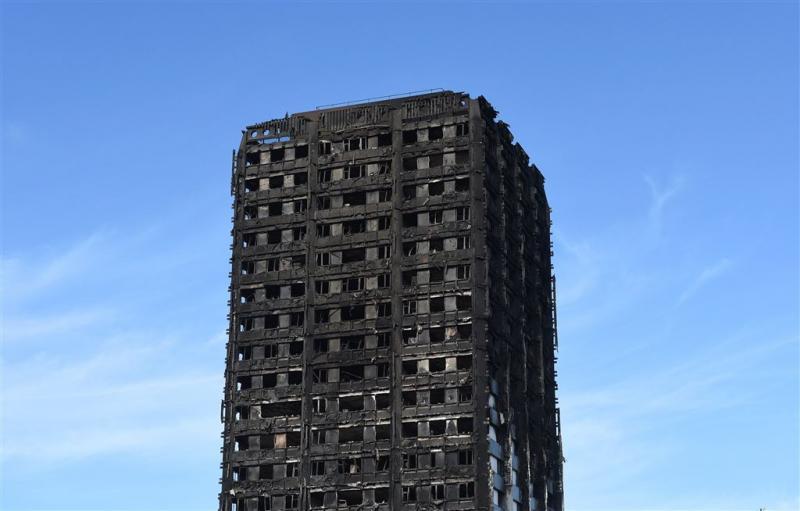 Nog 65 vermisten na brand flat Londen
