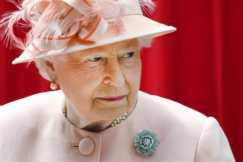 Britse koningin somber op verjaardag