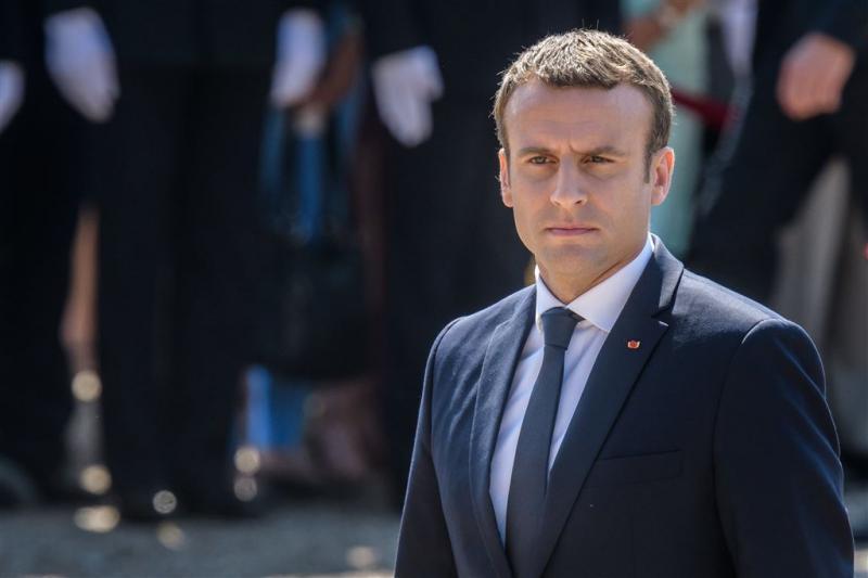 Grote meerderheid voor partij Macron