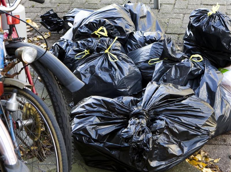 Afval op straat in Eindhoven door storing