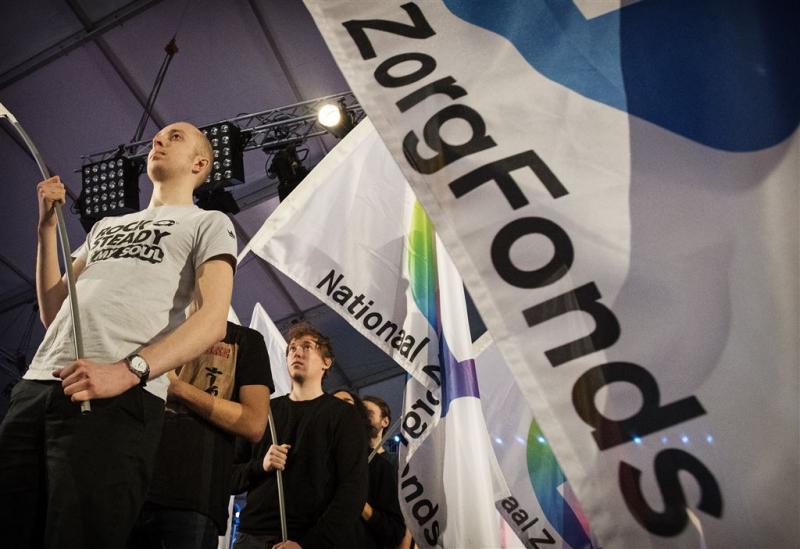 Activisten Zorgfonds verstoren zitting Kamer