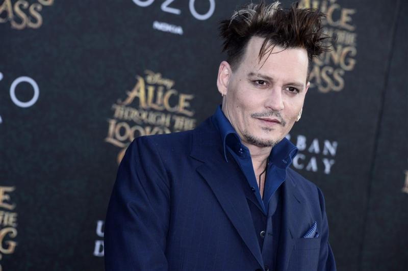 E-mails Johnny Depp op straat