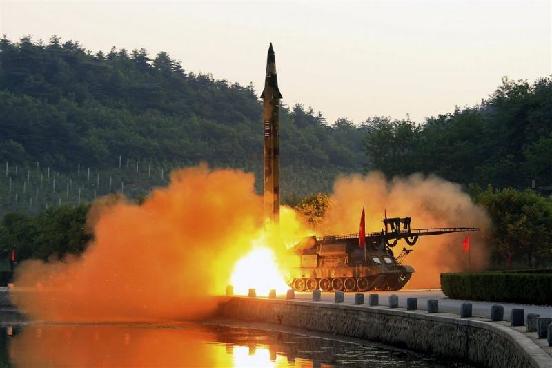 'Noord-Korea voert nieuwe rakettest uit'