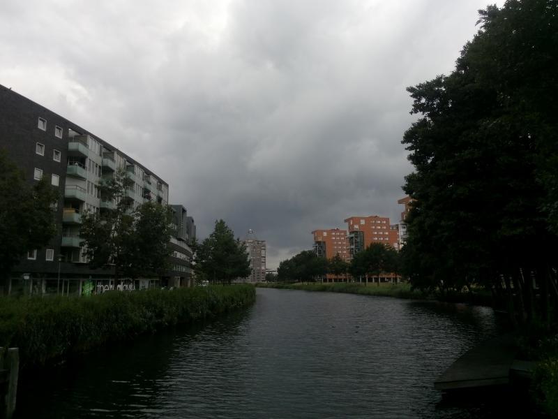 Het kanaal bij Apeldoorn (Foto: bazbo)