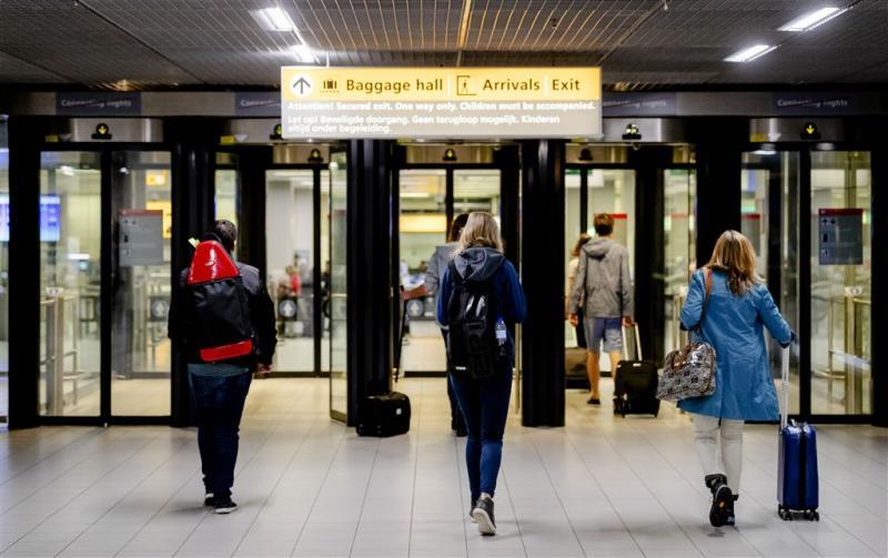 Schiphol geeft trolleyloze reiziger voorrang