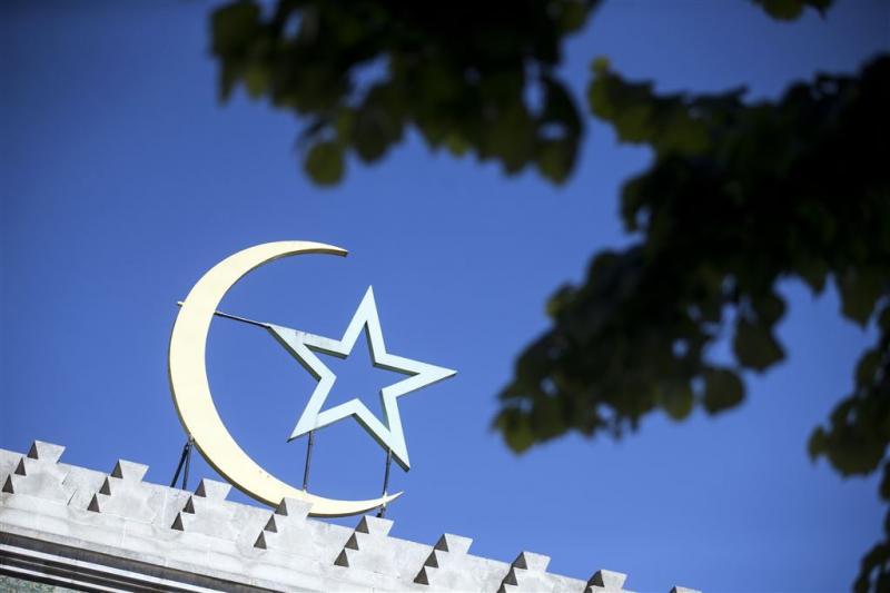 Man wil inrijden op moskeegangers Frankrijk