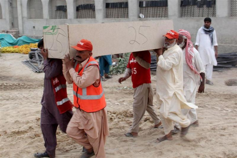 Tankwagenramp Pakistan: meer dan 200 doden