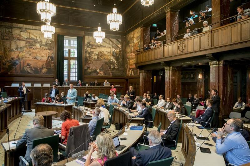 Rotterdam ontsnapt aan bestuurscrisis