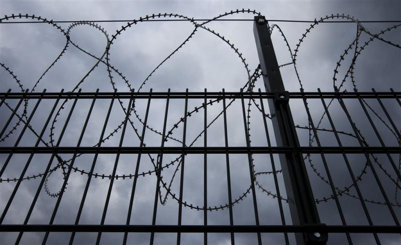 Slapen Op Grond : Fok nieuws belgische gevangenen slapen op de grond