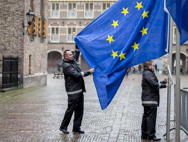 Brussel tikt Nederland vaker op vingers