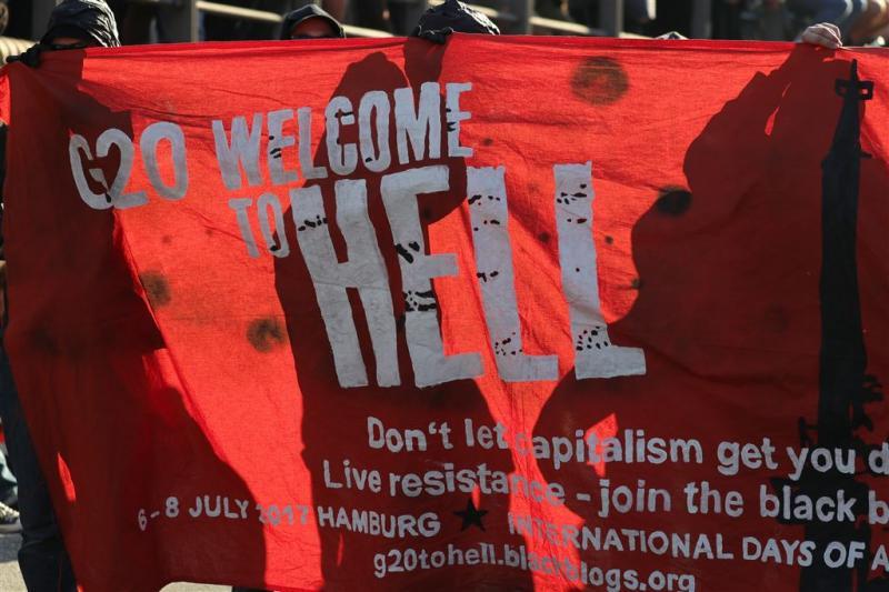 Protestmars Hamburg gestaakt na rellen