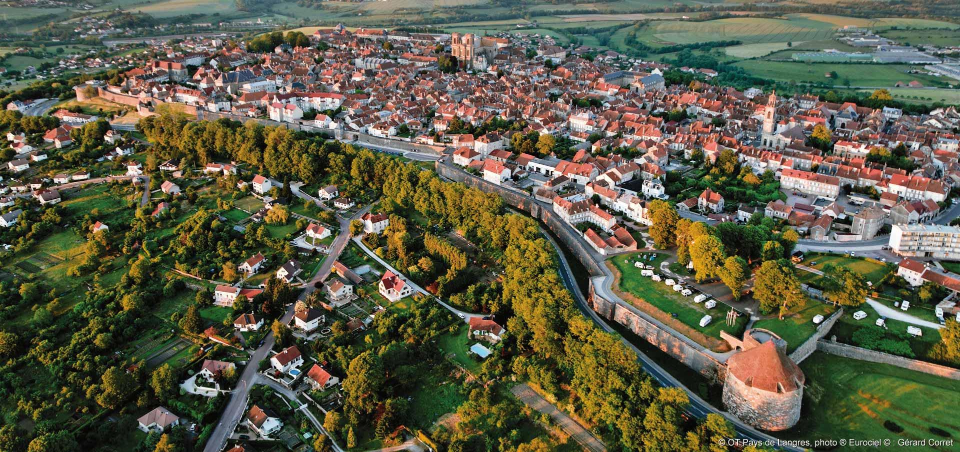 Langres is zeker het bekijken waard (Foto: Panoramio)