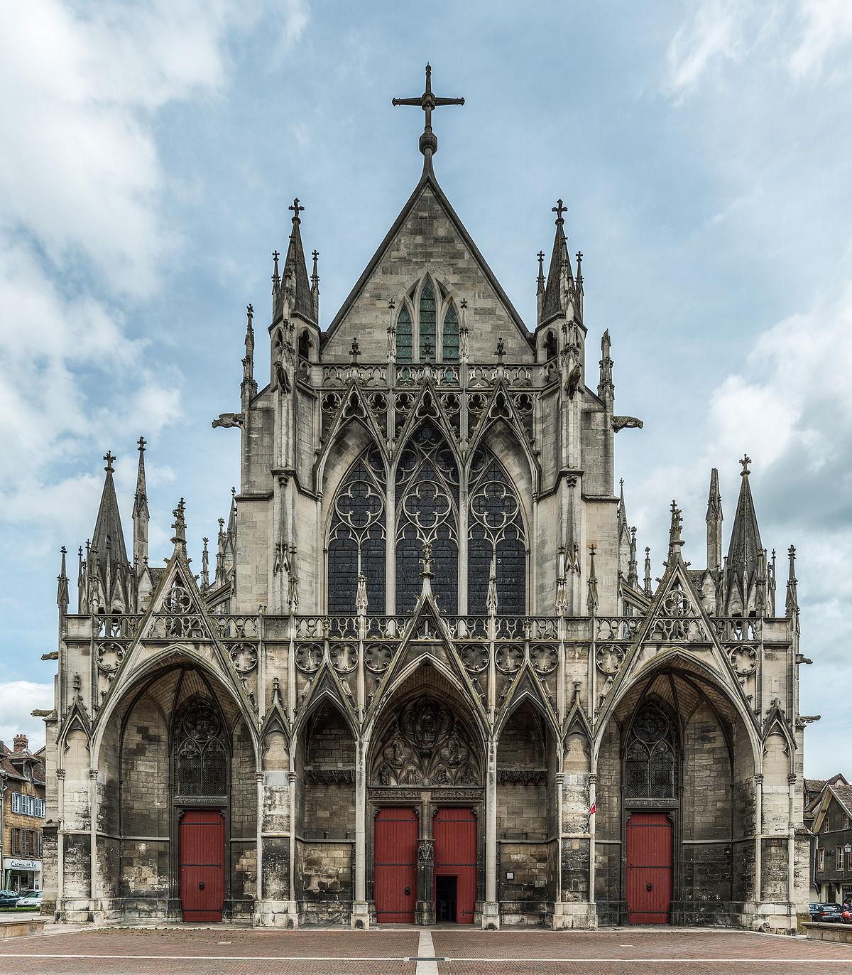 De mooie Basiliek van Saint-Urbain in Troyes (Foto: Panoramio)