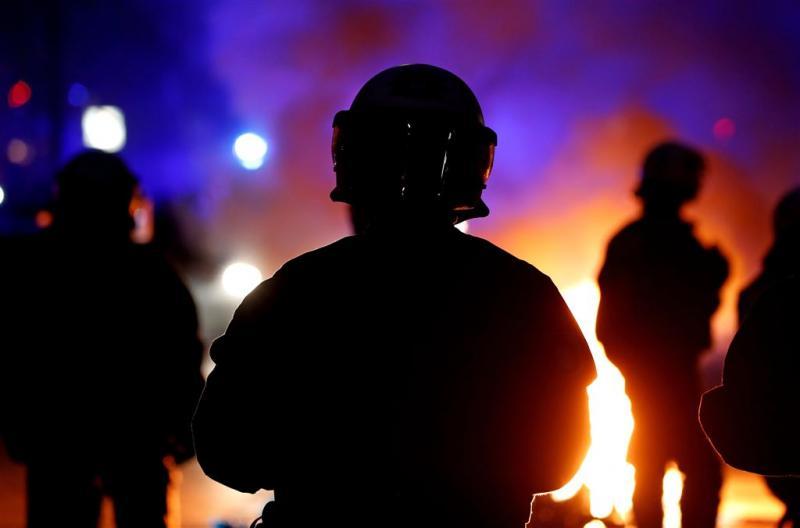 Veel agenten gewond bij rellen in Hamburg