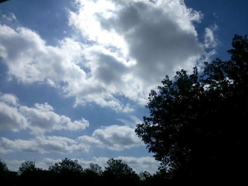 Mooi luchtje, zondagmorgen in Apeldoorn (Foto: bazbo)