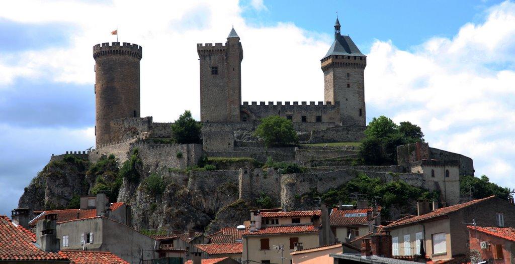 Het fraaie kasteel van Foix (Foto: Panoramio)