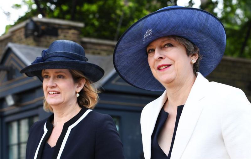 Minister: hogere straffen voor zuuraanvallen