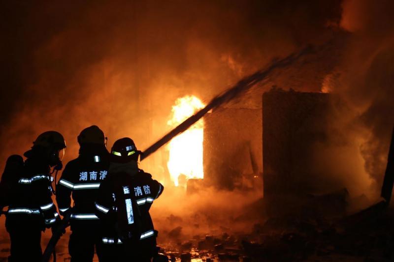 22 doden door brand in Chinese woning