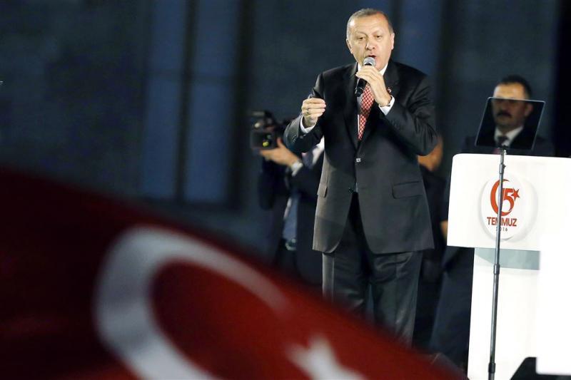 Turkije beveelt aanhouding 127 mensen