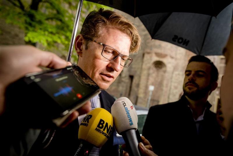D66 en GroenLinks hameren op stappen Dekker