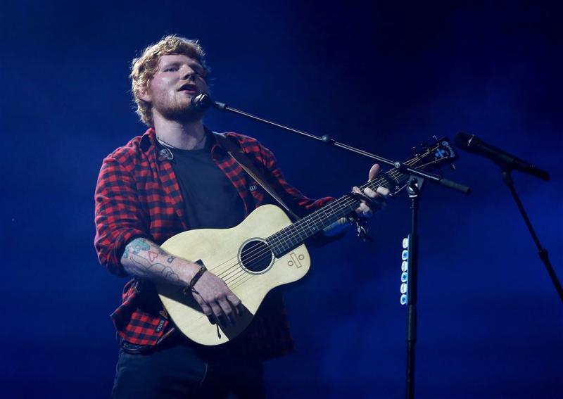 Ed Sheeran terug op Twitter