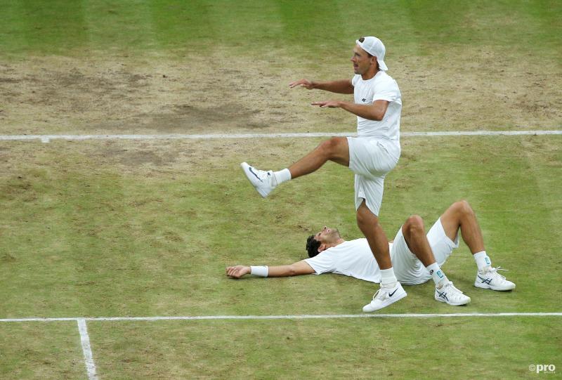 We zien hier Lukasz Kubot en Marcelo Melo tijdens de dubbelfinale op Wimbledon, maar wat is er gebeurd? (Pro Shots / Action Images)