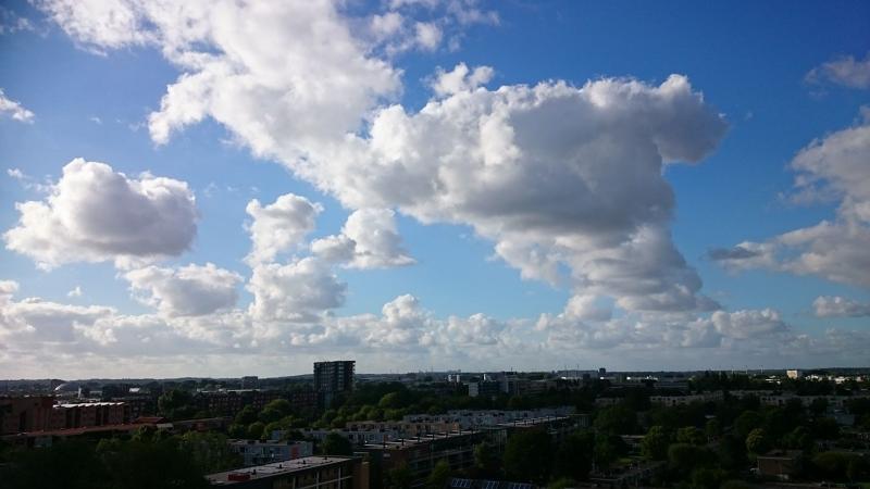 Stephan zag vorige week deze mooie lucht boven Haarlem (Foto: Stephan5)