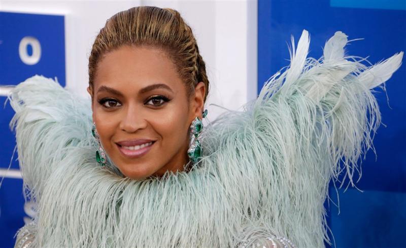 Tussauds wijt 'witte' Beyoncé aan flits