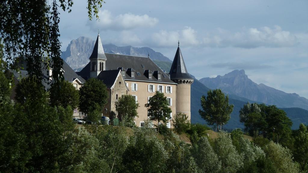 Uiteraard heeft ook La Mure een château (Foto: Panoramio)