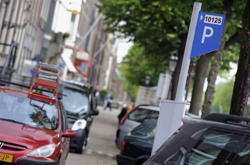 Scanauto ingezet tegen foutparkeren Amsterdam