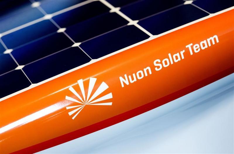 Studenten Delft presenteren 'zonneracemonster'