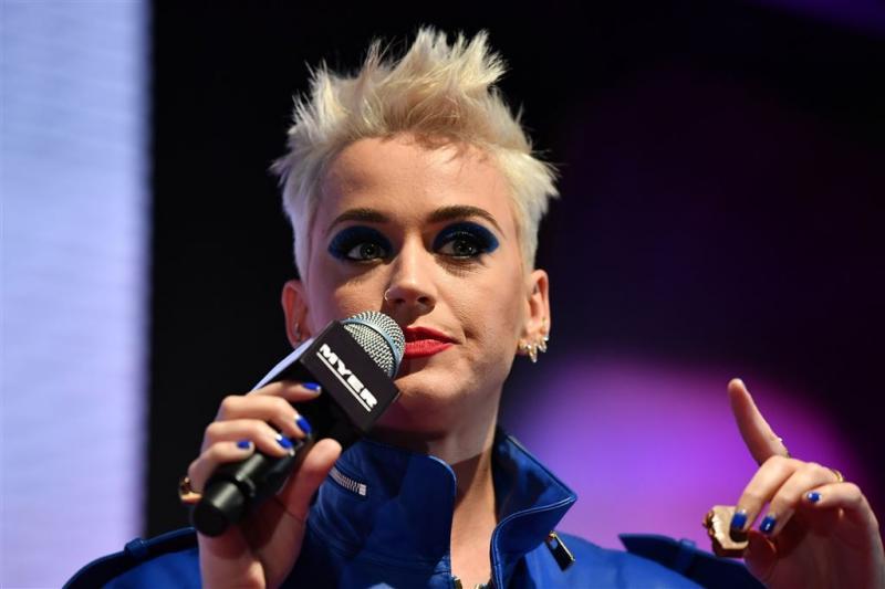 Katy Perry in de bres voor transsoldaten