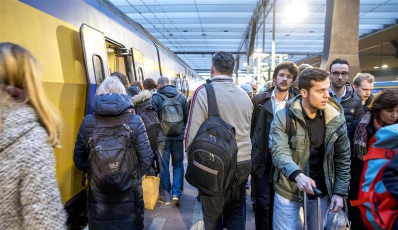 Extra korting voor treinreis buiten spits
