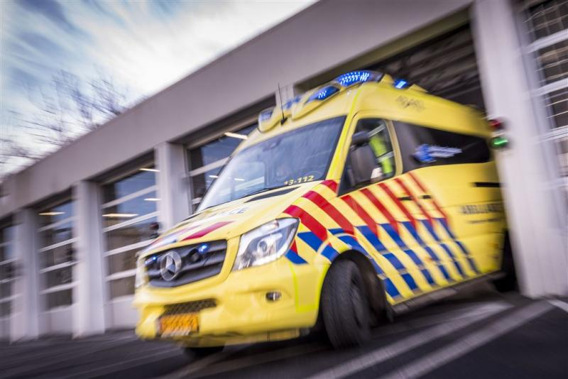 Motorrijder ernstig gewond na ongeluk A2
