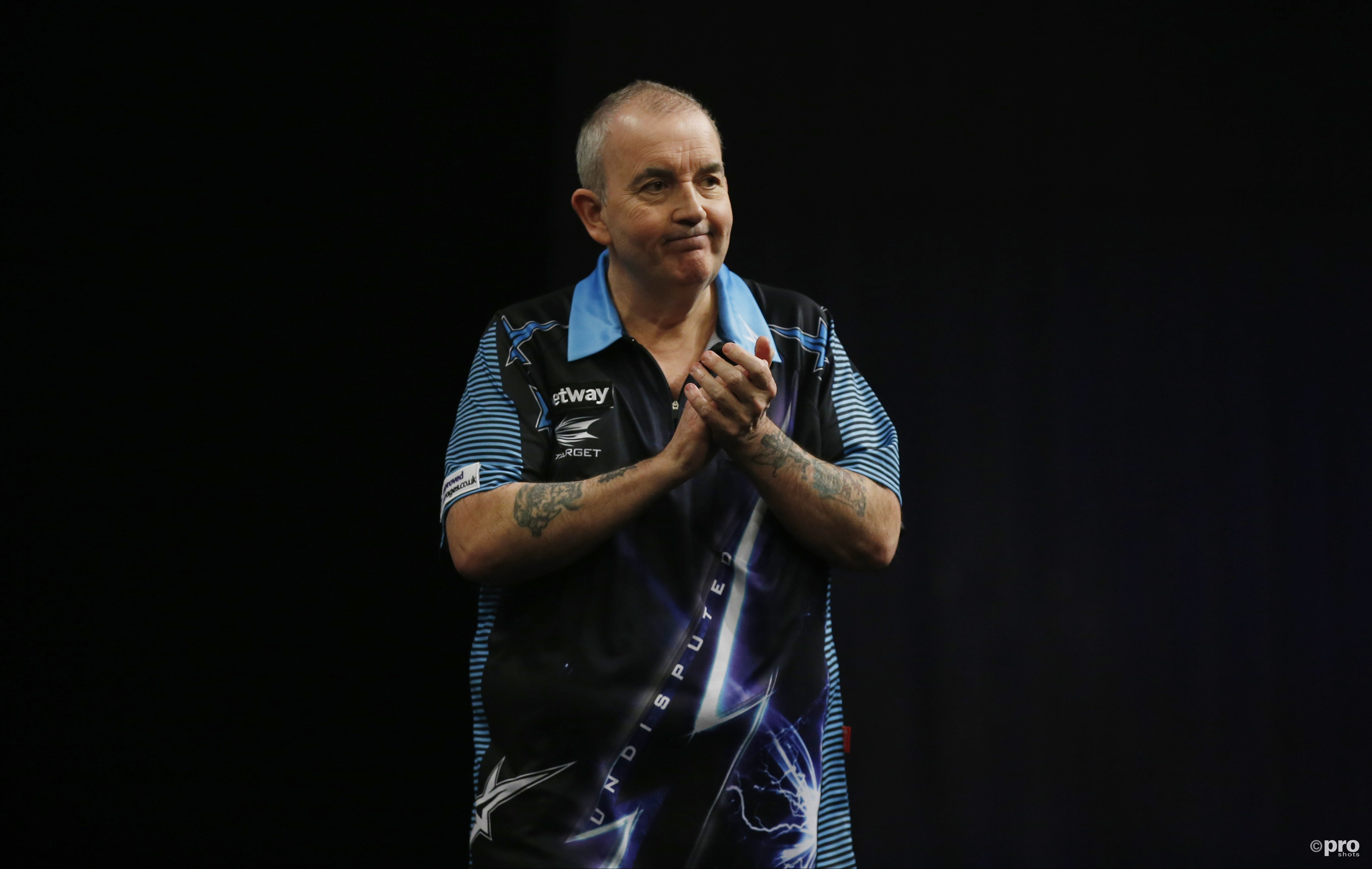 Phil Taylor wint zestiende World Matchplay. (PRO SHOTS/Action Images)