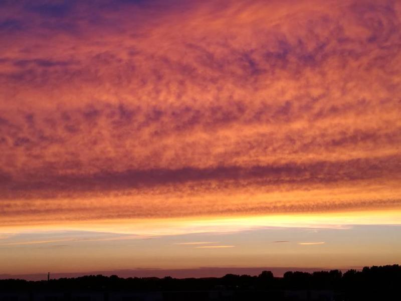 Fraaie lucht boven Alkmaar (Foto: Papabear)