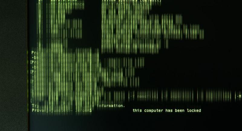 Scheepvaart kijkt uit hackvrees naar radio