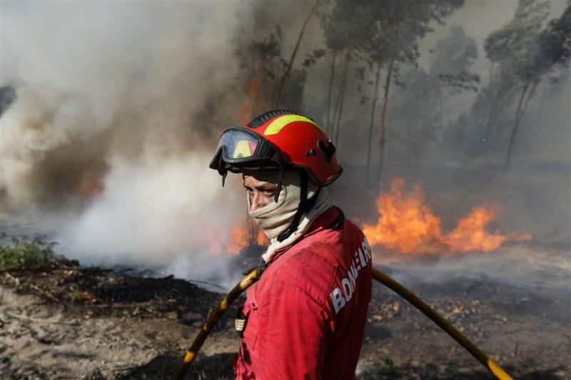 Portugese dorpen ontruimd wegens bosbranden