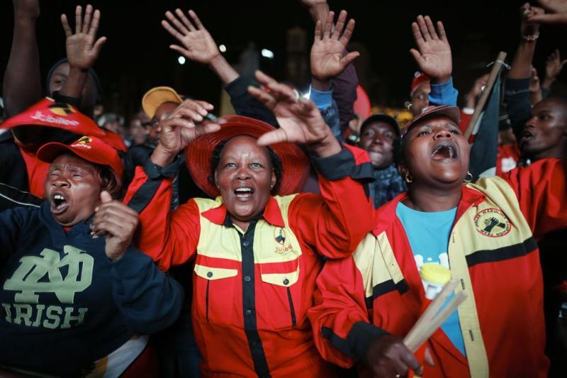 Drie doden bij rellen na overwinning Kenyatta