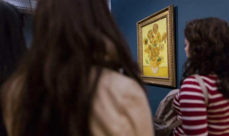 Live eerbetoon aan Van Gogh's zonnebloemen