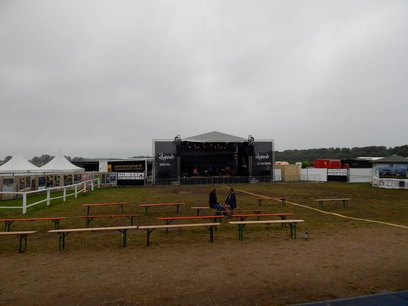 Mainstage van festival Zappanale in Bad Doberan, bij Rostock in Noordoost-Duitsland (Foto: bazbo)