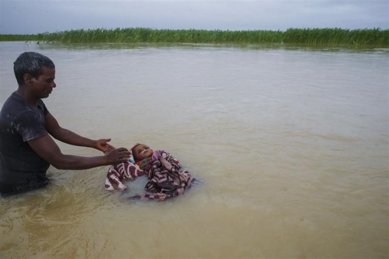 Noodweer Zuid-Azië eist al zeker 300 levens