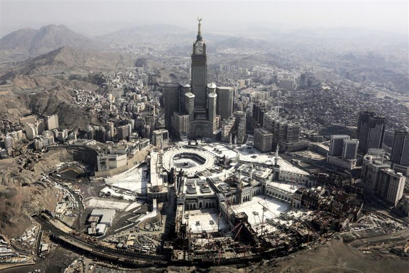 Miljardenverbouwing grote moskee Mekka hervat
