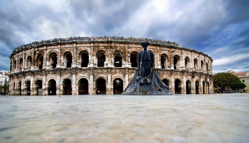 De prachtige arena van Nîmes (Foto: Panoramio)
