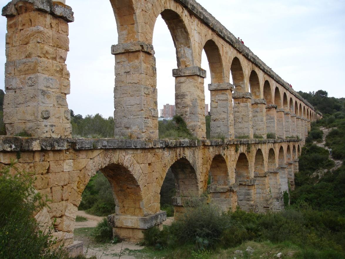 Het fraaie aquaduct van Tarragona (Foto: Panoramio)