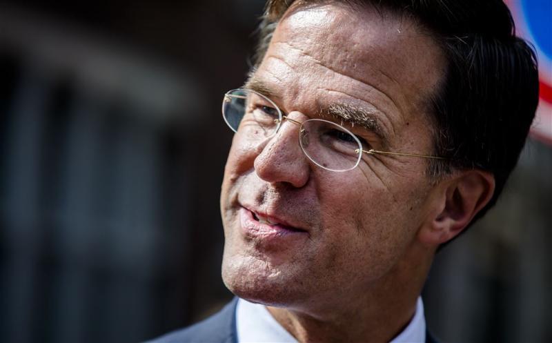 Rutte prijst optreden na dreiging Rotterdam
