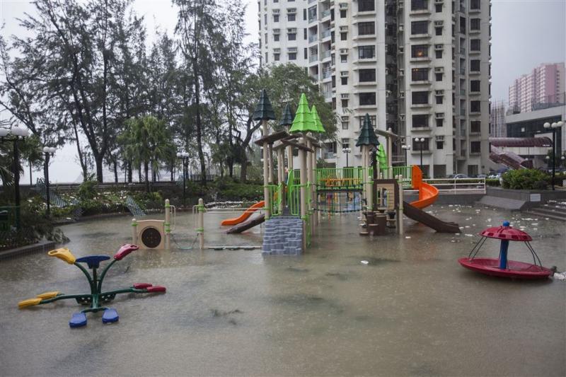 Doden en vermisten na tropische storm China