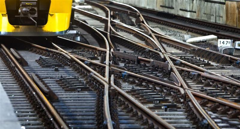 Laatste trein over oude Botlekbrug