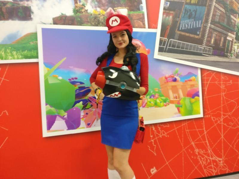 Gamescom 2017 - Cosplay: Mario als een meisje